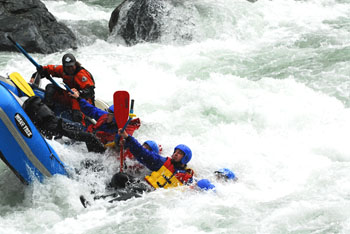 flood rescue personnel training emergency swiftwater rescue